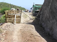 Turcón denuncia el cierre de un camino público en Tunte