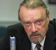 Muere Bob Hunter, fundador y primer presidente de Greenpeace