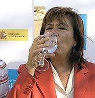 """Narbona: la desalinización es la """"mejor solución"""""""