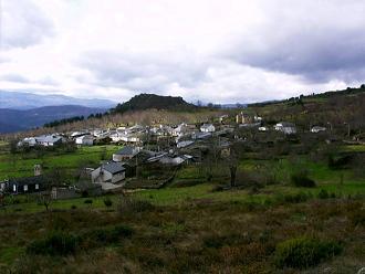 Roblido es una pequeña aldea rural perteneciente a la provincia de Orense
