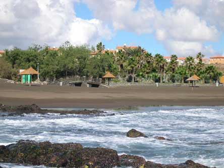 Urbanización Hoya Pozuelo (Telde) : recuperar el suelo público
