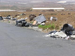 Turcón denuncia vertidos de escombros y materiales inertes en Telde