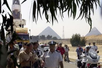 Ramsés II se muda a la planicie para huir de la contaminación y el tráfico